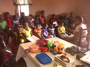 Tembilihle teaches kids club