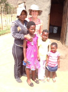 Di with Tholakele and her children.